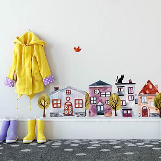 Домик на стене в детской