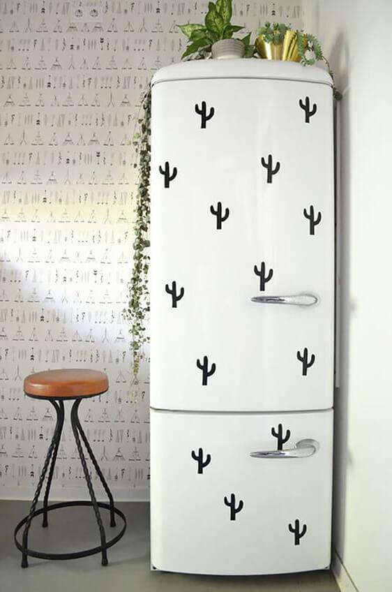 Наклейки на холодильник кактусы