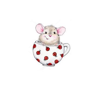 Мышонок в кружке