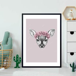 Портрет олененка с цветами на голове  - фото 2