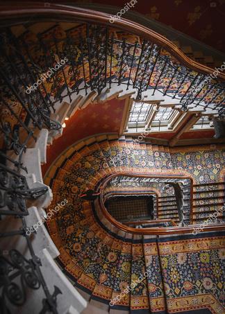 Постер живописная лестница  - фото