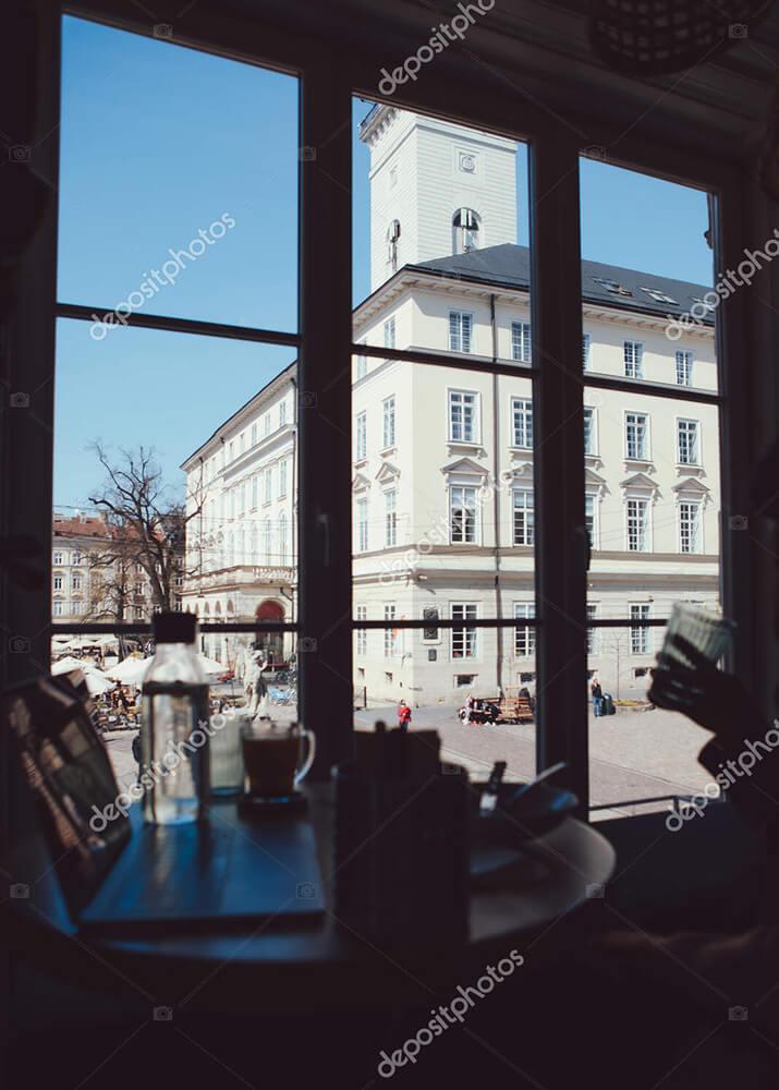 Постер столик у окна  - фото